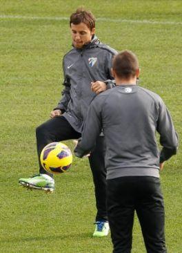 Buonanotte: «Tengo que demostrarle al entrenador que puede contar conmigo» Prensa-noticias-201212-07-fotos-14937689-264xXx80