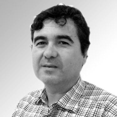 CARLOS J. MARTÍNEZ